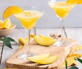 Drink z Prosecco, mango i pomarańczy