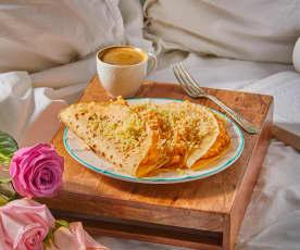 Desayuno en cama: Crepas de rosas