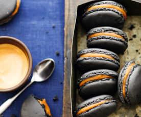 Macarons charbon-café
