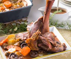 Jarrete de ternera braseado a baja temperatura con guarnición de verduras