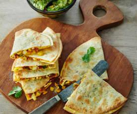 Chorizo Quesadillas mit Guacamole