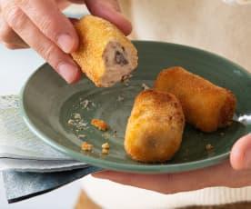 Croquetas de gorgonzola, pera y nueces