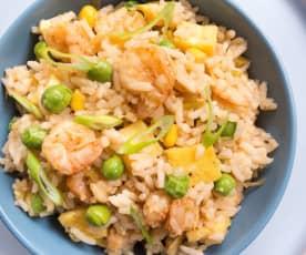 Yumurtalı, Sebzeli ve Karidesli Çin Pilavı