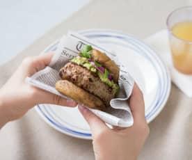 Keto jalapeño turkey burgers with mushroom buns