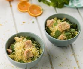 Orangencouscous mit gedämpftem Lachs