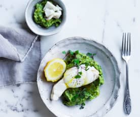 Steamed fish with green mash