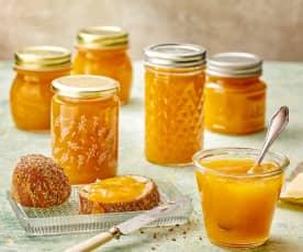 Aprikosen-Konfitüre auf Vorrat