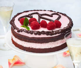 Himbeer-Mousse-Torte