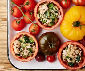 Pomidory faszerowane miętą, cukinią i tuńczykiem