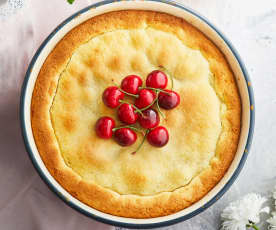 Torta ricotta, ciliegie e mirtilli aromatizzata al bergamotto