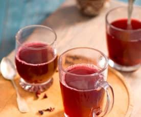 Zázvorový čaj s ibiškem a kardamomem