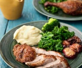 Pato especiado asado con ciruelas y puré de coliflor y patata (MEATER)