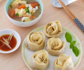 蔬菜玫瑰蒸餃&番茄蛋花湯