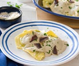 Raviolis con salsa de anchoas