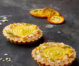 Tartellette cocco e mandorle con curd alle arance