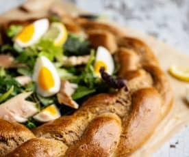 Pain complet de Pâques aux œufs et filets de truite fumée