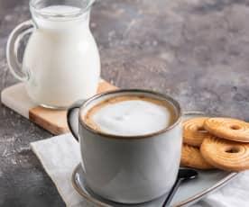 Mleczna pianka do kawy