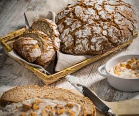 Pão de centeio e banha