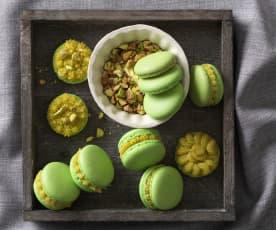 Pistazien-Macarons mit Pistazien-Ganache