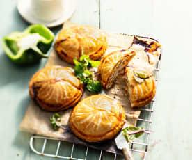 Chausson ricotta, poulet et coriandre