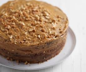 Bolo brownie de chocolate e beterraba com manteiga de amendoim