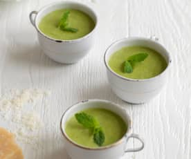 Courgette Soup with Basil and Cashew