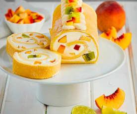 Rotolo con crema di yogurt e frutta fresca