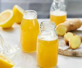Zitronen-Ingwer-Shot mit Honig