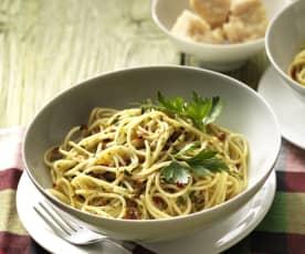Spaghetti mit Knoblauch, Olivenöl und Chili