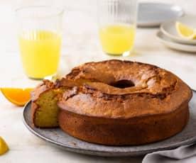 Plum cake y refresco de frutas naturales