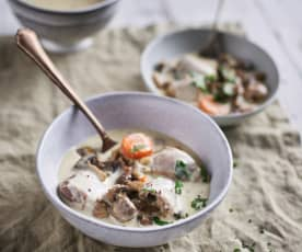 Slow-cooked Creamy Turkey Stew with Mushrooms