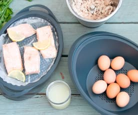 Prep-ahead layered chicken, eggs and salmon