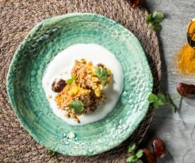 Bohnenauflauf mit Dukkha-Kruste und Limettenjoghurt