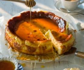 Pastel de queso manchego con miel
