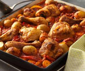 Hendl mit Erdäpfeln, Gemüse und Tomatensauce aus dem Backofen