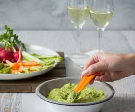Zingy avocado and lime dip