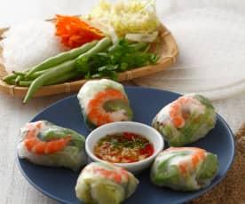 Involtini di gamberi vietnamiti con salsa agrodolce