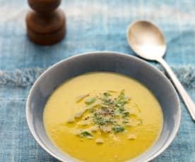 Zupa z batatów i cukinii z imbirem