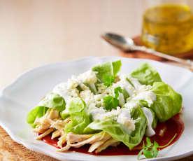 Wraps di lattuga con pollo