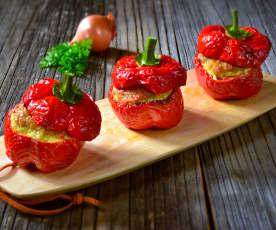 Pečené papriky plněné masovou směsí