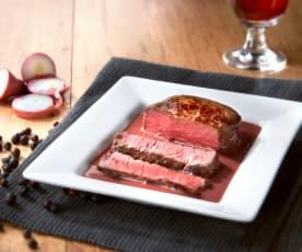 Filetto di manzo con salsa al vino rosso e ginepro