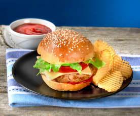 Hamburger di vitello, panino 'bun' e salsa ketchup