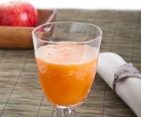 Sumo de maçã, limão, cenoura e mel
