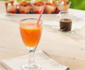 Zumo de naranja, papaya y clavo