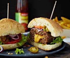 Hovězí hamburger se sýrovým srdcem