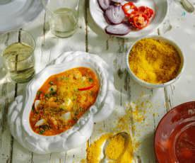Moqueca de peixe e farofa