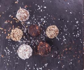 RAW sezamové kuličky s kokosem