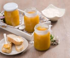 Dżem pomarańczowo-jabłkowy z płatkami migdałowymi Elżbiety Cybak