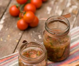 Salsa z pomidorów i kolendry