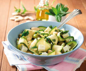 Insalata fresca di zucchine